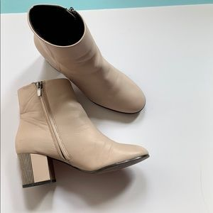 Aldo silver heeled leather booties